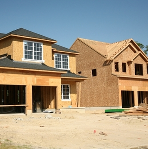 New construction is increasing as the economy improves. Homeowners must weigh the pros and cons of building large or small homes.