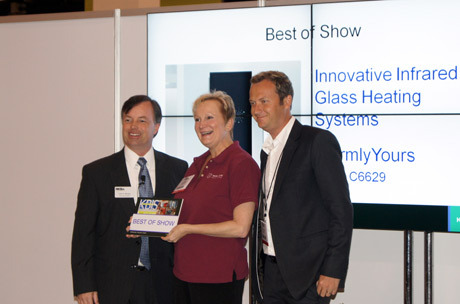 Julia & Thomas accept the Best In Show for Lava Panels